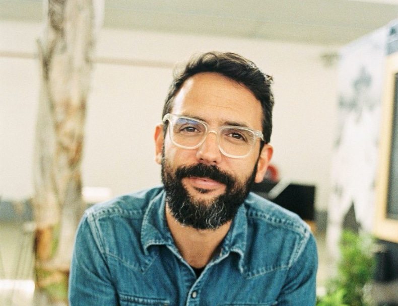 Fer Juaristi is a Mexican wedding photographer who spoke at Conference + Chill Round 1